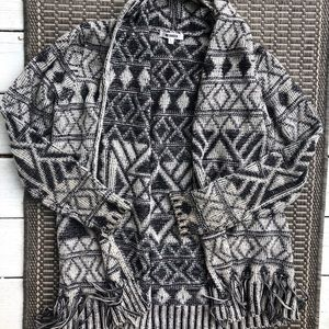 BB Dakota Patterned Fringed Cardigan L
